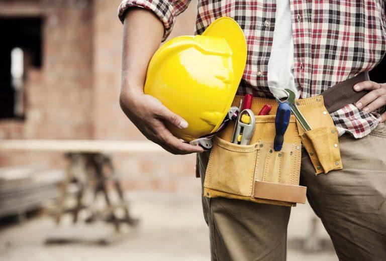 Tot mai puțini tineri pregătiți să intre pe piața muncii din România