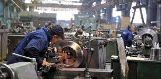 Scăderea producției industriale a accelerat în august cu 7%