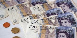 Economia Marii Britanii: salariile şi numărul de angajaţi au atins cote istorice