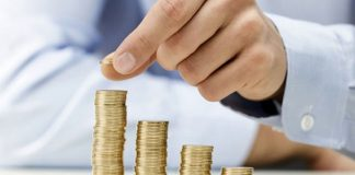 Românii nu fac față cheltuielilor lunare