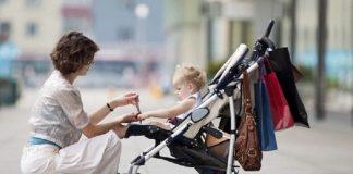 Proiect de lege: mamele să primească încă 150 euro pe lună