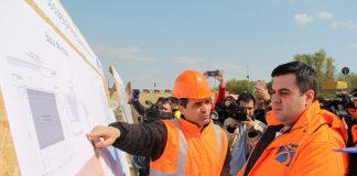 Angajații din CNAIR cer salarii mai mari. Protest la biroul lui Răzvan Cuc
